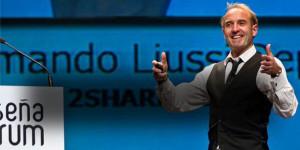 Armando Liussi (2Shareworld.com)